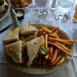 Dalles Restaurant & Lounge profile image.