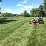 Signature Stripe Lawn and Landscaping profile image.