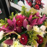Yazs flower gallery profile image.