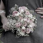 Lindsay McConville Photography profile image.