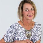 Helen Hattingh Life Coach profile image.