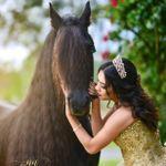 Neiva Ashley Photography profile image.