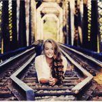 Samantha Hall Photography profile image.