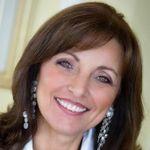 Sara Kavana Life Coach profile image.