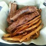 Hitters Barbecue & Catering profile image.