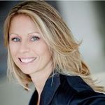 Toni Howard Photography profile image.
