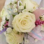 Darlene's Flowers profile image.