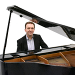 Andrew Edmond - Pianist, Piano Teacher profile image.