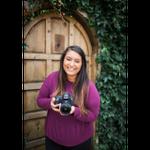 VaronnicaLynn Photography profile image.