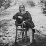 Tiffani Lynn Photography profile image.