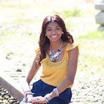 Studio Ten Photography profile image.
