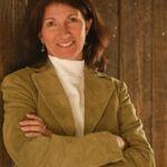Sophia Lyn Sims Portraits profile image.