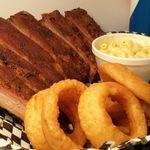 Rowdy Hog Smokin' BBQ profile image.