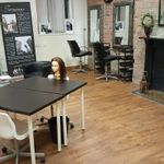 The hair extension training academy  profile image.
