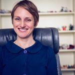 Sarah Korda, LMFT/RDT profile image.