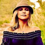 Eva Maurice profile image.