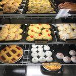 Pinecrest Bakery profile image.