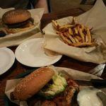 Snuffer's Restaurant & Bar - Highland Village profile image.