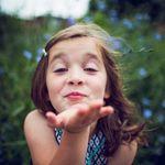 Mayabee Design & Photography profile image.