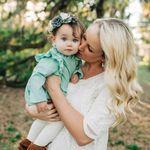 Rachelle Lynn Photography profile image.