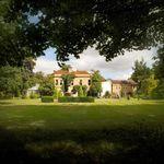 Woodland Manor Hotel profile image.