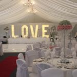 Classic wedding cars and events  profile image.