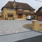 SE Landscape Construction Ltd profile image.