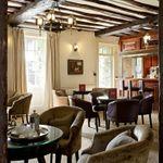 Mercure Farnham Bush Hotel profile image.