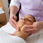 Lirio Therapy profile image.