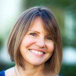 Emily Smith Acupuncture profile image.