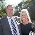 Four Oaks Farm - Wedding Venue profile image.