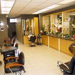 Avati Salon profile image.