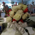 Michele's Floral Gifts profile image.