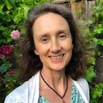 Cynthia Baker, LMFT profile image.