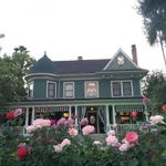Christmas House Inn & Gardens profile image.