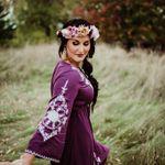 Gina Van Handel Photography profile image.