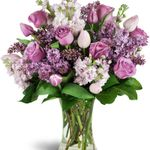 Anne's Flowers & Gifts profile image.