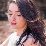 Katie Reina Photography profile image.