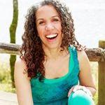Luminance - Yoga & Naturopathy profile image.