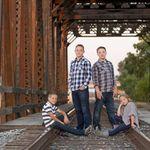 Natashea Mount Photography profile image.