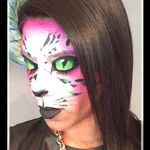 Roz Art Works profile image.