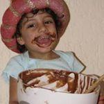 Yummie Mummie Cakes profile image.
