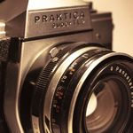 Kaptured photography services profile image.