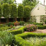 Melia Garden Service profile image.