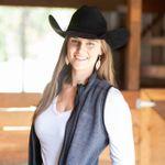 Ashley Marie Photography profile image.