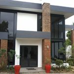 HLAYANI ROBERT CONSTRUCTION profile image.
