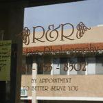 R & R Creative Photography profile image.
