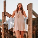 Cady Calvert Photography profile image.