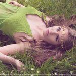 Christine Manning Photography profile image.