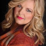 Cara Hill Photography profile image.